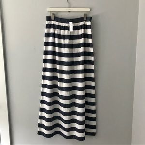 Brand New With Tags Banana Republic Maxi Skirt